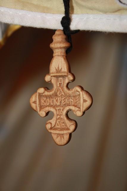 Деревянные крестики фото